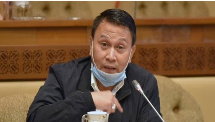 Peretasan Terhadap Pengkritik Pemerintah Menurut Mardani ...